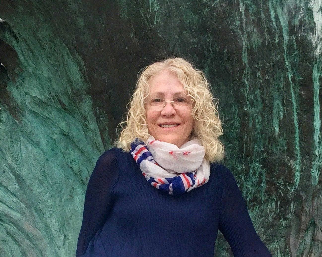 Dr. Ellen Frankel